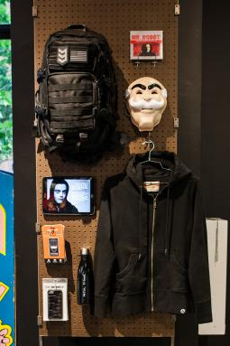 Gear related to one of the show's main characters, Elliot.