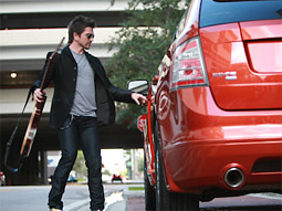 Juanes has hopped into the passenger seat with Ford.