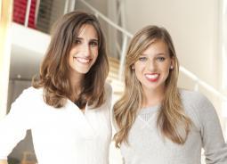 TheSkimm founders Carly Zakin (l.) and Danielle Weisberg (r.)