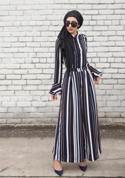 A look from Macy's Verona modest fashion line.