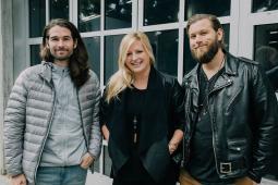 Zambezi - Dan Maxwell, Annie Johnston, Chris Rutkowski