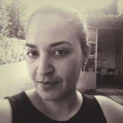 Sophie Bambuck