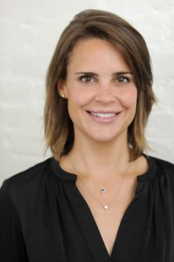 Former Instagram exec Emily White is stepping down as Snapchat's COO.