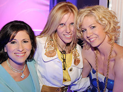 Nina Tassler, president, CBS Entertainment (left), poses for a photo with Jenna Elfman (right) and executive producer Claudia Lonow.