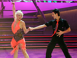 A two-hour version of Fox's 'So You Think You Can Dance' stepped its way into first place with a 3.2/10.