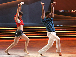 Fox's two-hour 'So You Think You Can Dance' stepped all over its rivals.