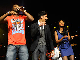 Wyclef Jean performs, while 'Slumdog Millionaire' star Dev Patel and Nick's own Keke Palmer of 'True Jackson VP' get their dance on.