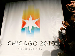 Delaying negotiations for U.S. broadcast rights for the next cycle of games could bode well for Chicago's bid for the 2016 Summer Games.