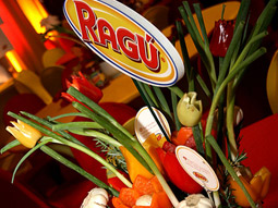 Ragu provided a lavish luncheon.