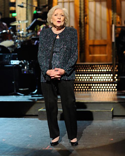 Betty White delivers the opening monologue on 'Saturday Night Live.'
