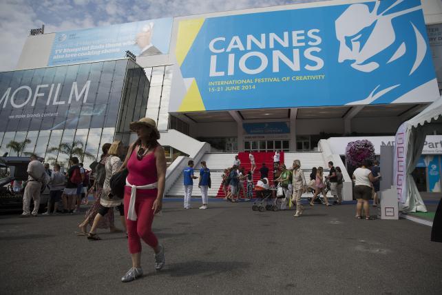 See Agencies and Brands Live-Tweet Cannes