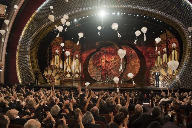 The 89th Oscars – candy parachutes