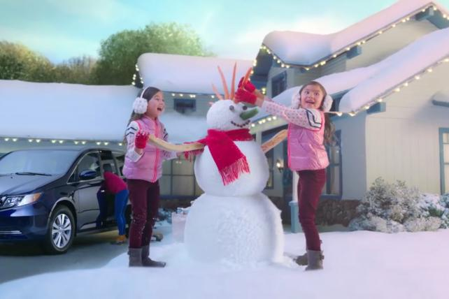 It's 'Happy Honda Days' in this ad for the auto brand, one of 13 trying to turn the holidays into a car-buying occasion.