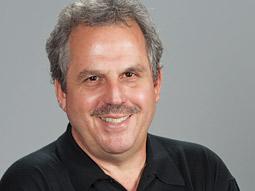 Oscars Call Mechanic to Soup Up Broadcast