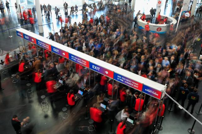 Ad Blocker, Ad Sellers Clash at Mobile World Congress