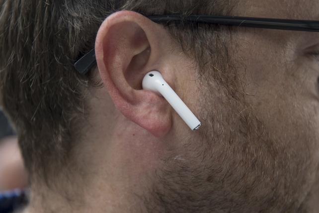 Apple AirPods Slated for Upgrade, Redesign