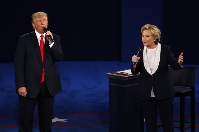 The Second Presidential Debate Summed up in 25 Tweets
