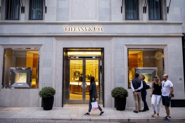 Blue box believers: Tiffany's ramps up marketing on strong quarter