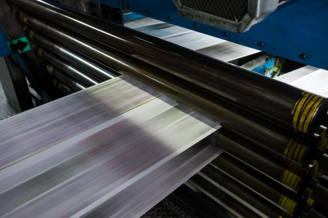 U.S. scraps tariffs on Canadian paper in win for newspapers