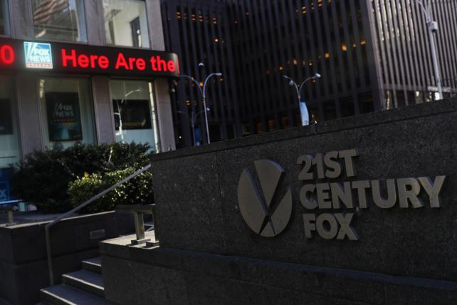 Fox sets date for Disney vote, putting pressure on Comcast