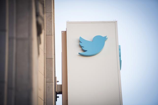 Twitter follows Facebook in endorsing the Honest Ads Act