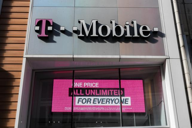 Ad-review body tells T-Mobile to drop 'Best Unlimited Network' claim
