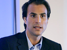 Ben Silverman's Electus Snags First Deal -- With Yahoo