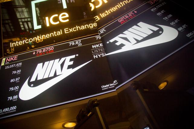 Nike, riding a hot streak even before Kaepernick ad, reports smoking sales