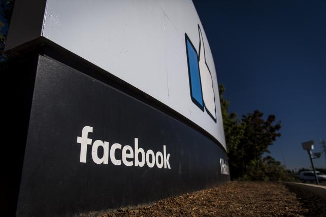 Facebook stopped 141 suspected Russian accounts on FBI tip