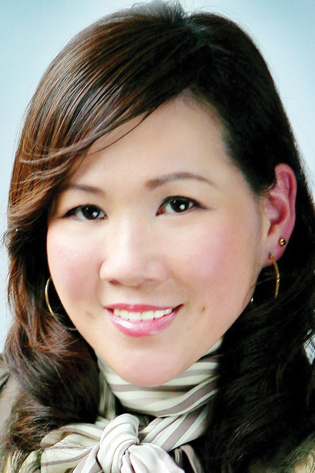 Annie Lee Reaches For Best Star For Your Brand