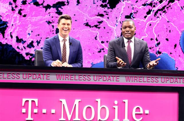 Watch 'SNL' Stars Bring 'Weekend Update' to CES for T-Mobile