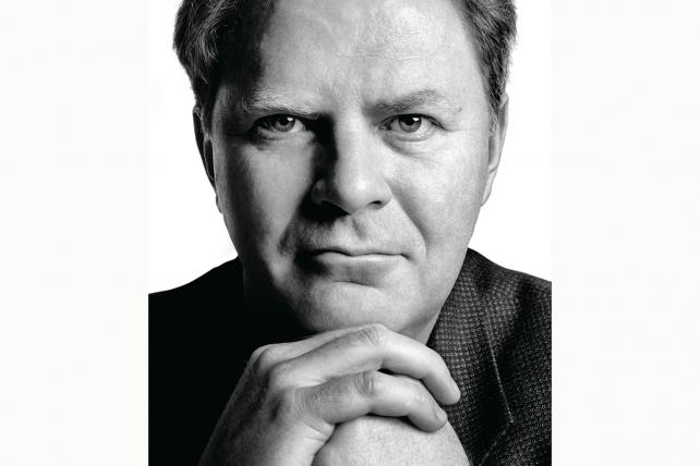 The Great Wall: Steve Hayden Remembers Ogilvy's Chris Wall