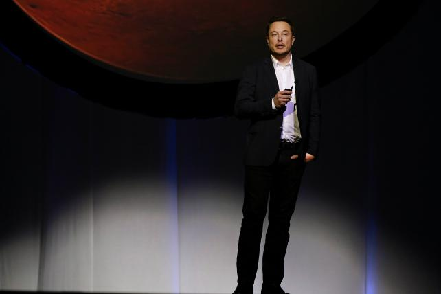 Elon Musk, CEO of SpaceX, at the International Astronautical Congress in Mexico 2016.