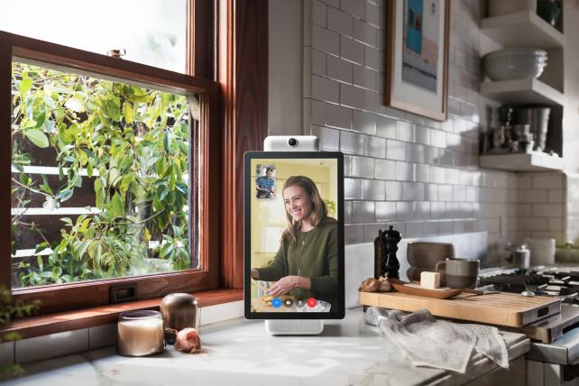 Facebook built two models of Portal one is 10 inches and the Plus is 15 inches costing $200 and $350 respectively