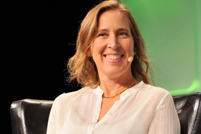 YouTube, Sprint CEOs Among Business Leaders Endorsing Clinton