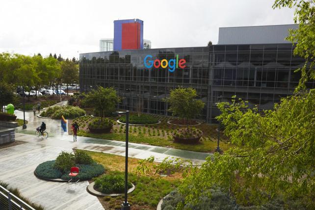Apple's Brand Value Tanks, Google Recaptures No. 1 Spot: Report