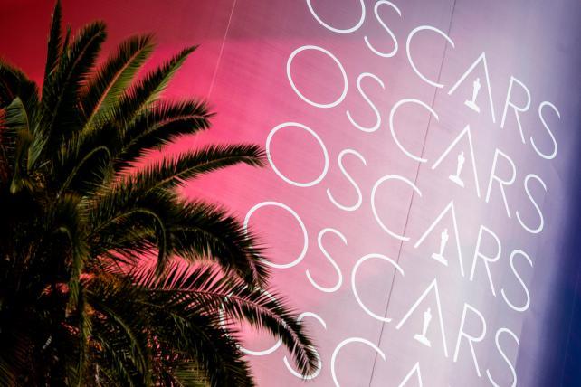 News on Oscars, Nike and MWC Barcelona: Wake-Up Call