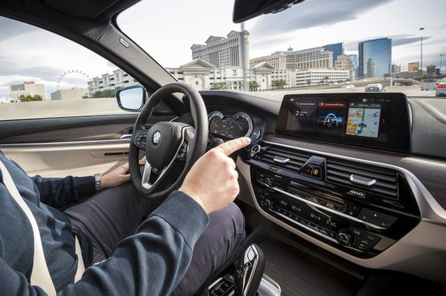 CES 2017 – BMW 5 series Connected Mobility