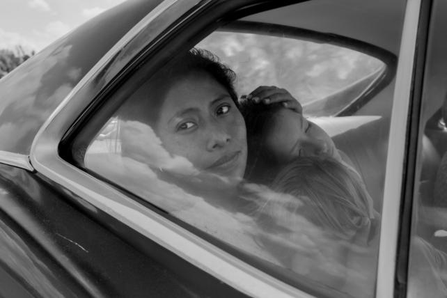 Netflix gets best-picture nod for 'Roma' in Oscar milestone