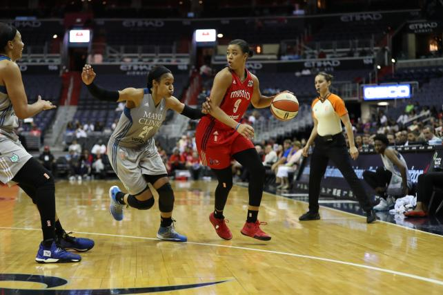 The WNBA is streaming 20 games on Twitter, one of a batch of smaller sports that are turning to streaming to reach fans.
