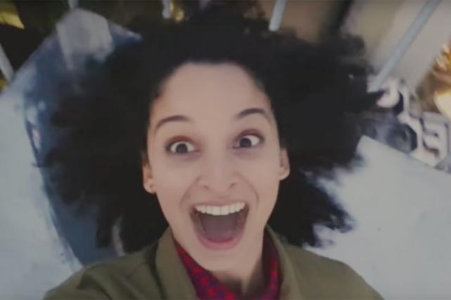 Samsung Has a Love-Hate Relationship With Selfies: The Tale of Two Viral Campaigns