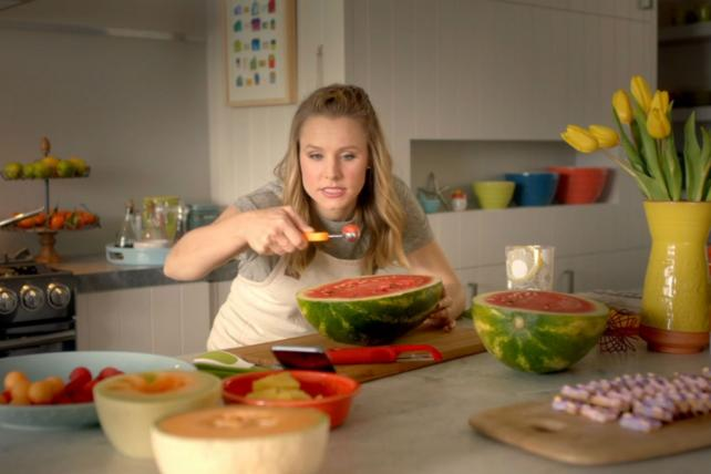 Kristen Bell is in Samsung's new home appliance campaign.