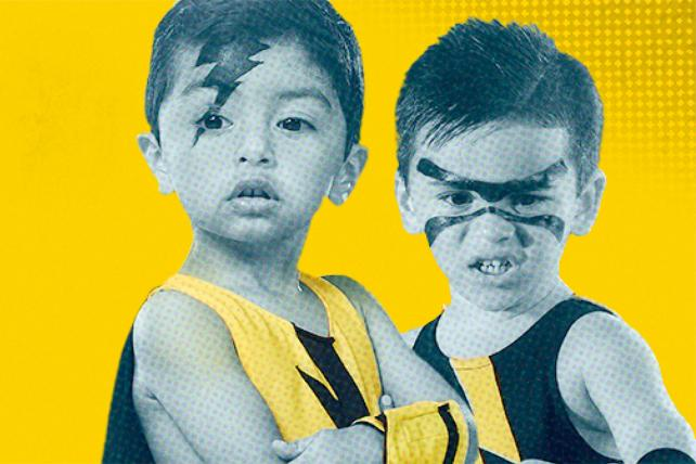 OtterBox's First Facebook Live Has Toddler Wrestlers