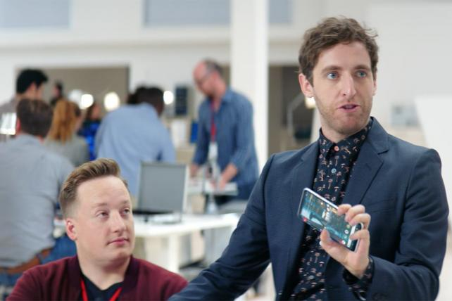 Thomas Middleditch (r.), bounces his comedy off a real engineer in Verizon ads.