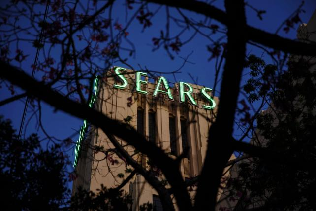 Monday Wake-Up Call: Sears files for bankruptcy, and in-house agencies grow