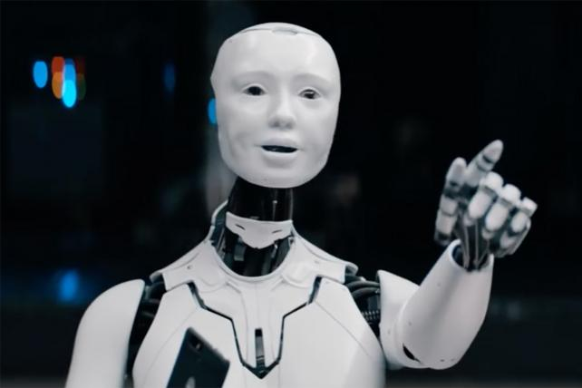 Sprint's ad in the Super Bowl features some know-it-all robots.
