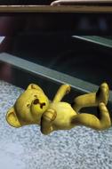 WWF's Virtual Bear Sends Real Warning Via Fun Cell Phone Game