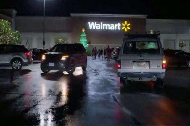 Walmart hires new chief customer officer and new CMO from outside