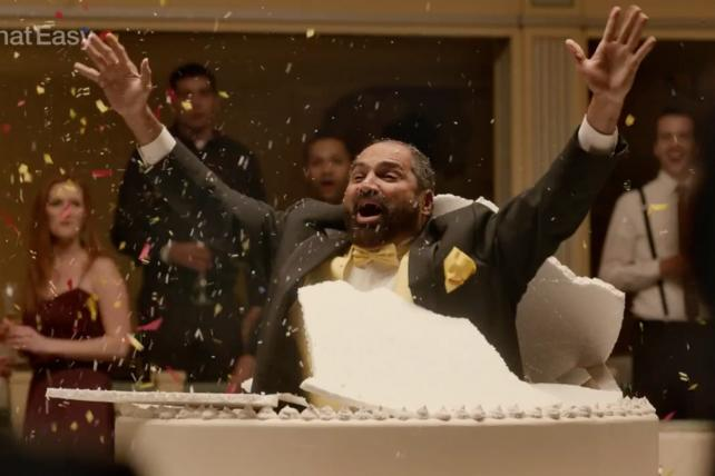 Former Pittsburg Steelers fullback Franco Harris in a scene from Wix.com's Super Bowl debut.