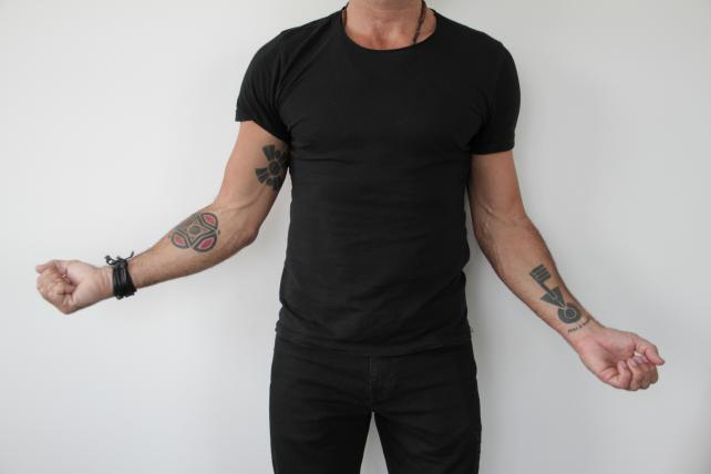 Alvar Sunol Alma Tattoo Full